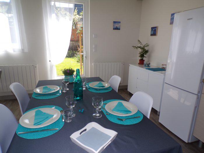 Salle à manger du gite chez Marion à Dozulé